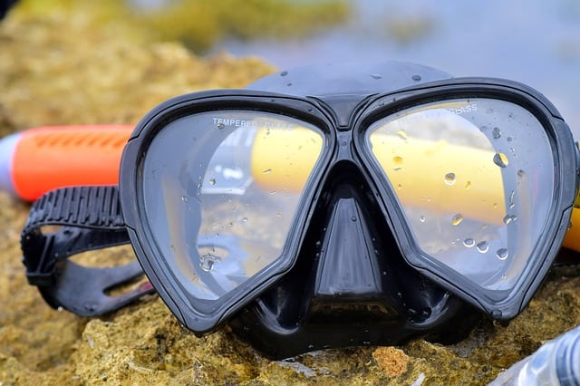 How to Use a Full Face Snorkel Mask